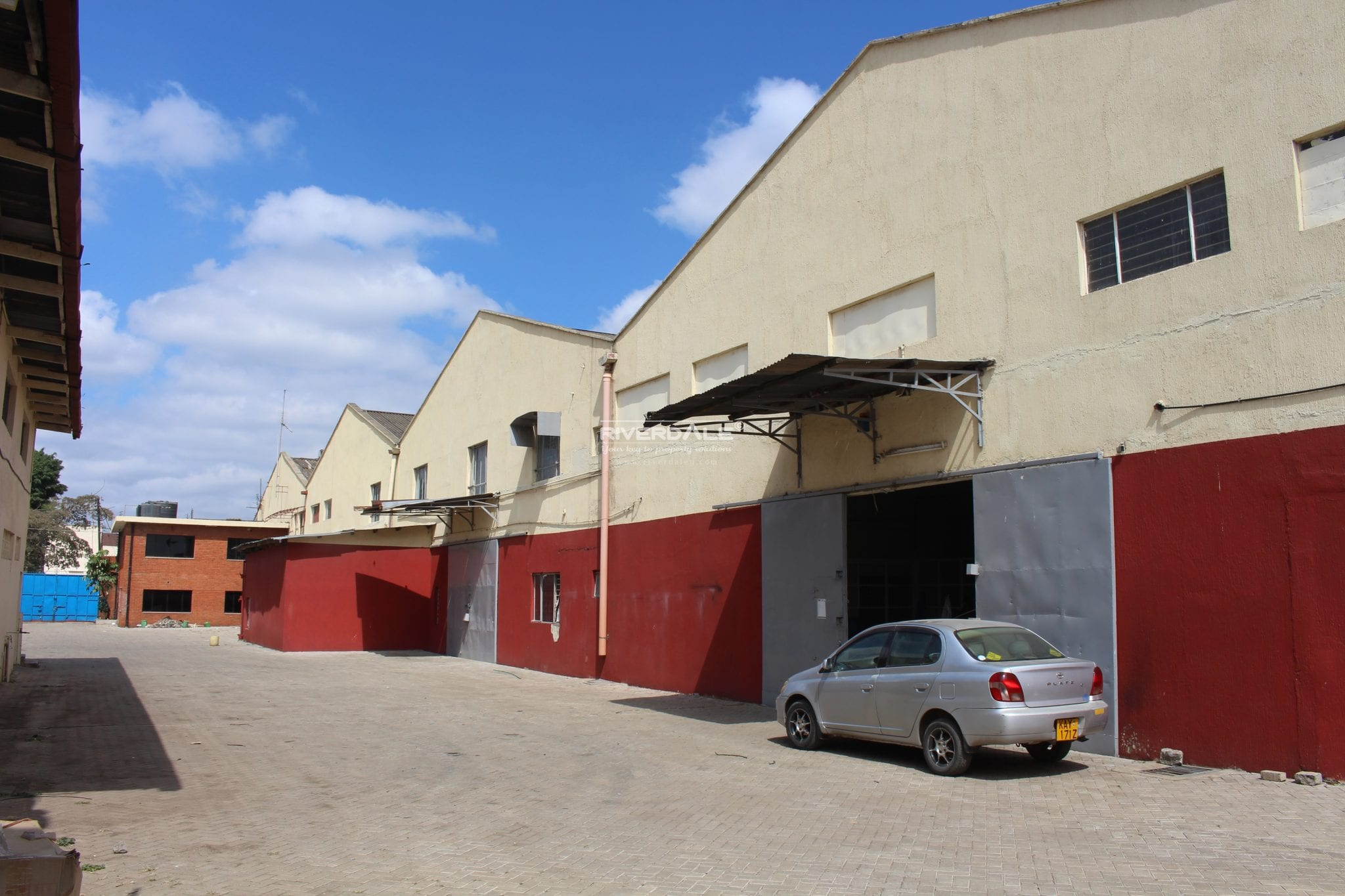 Warehouse Space To Let In Industrial Area