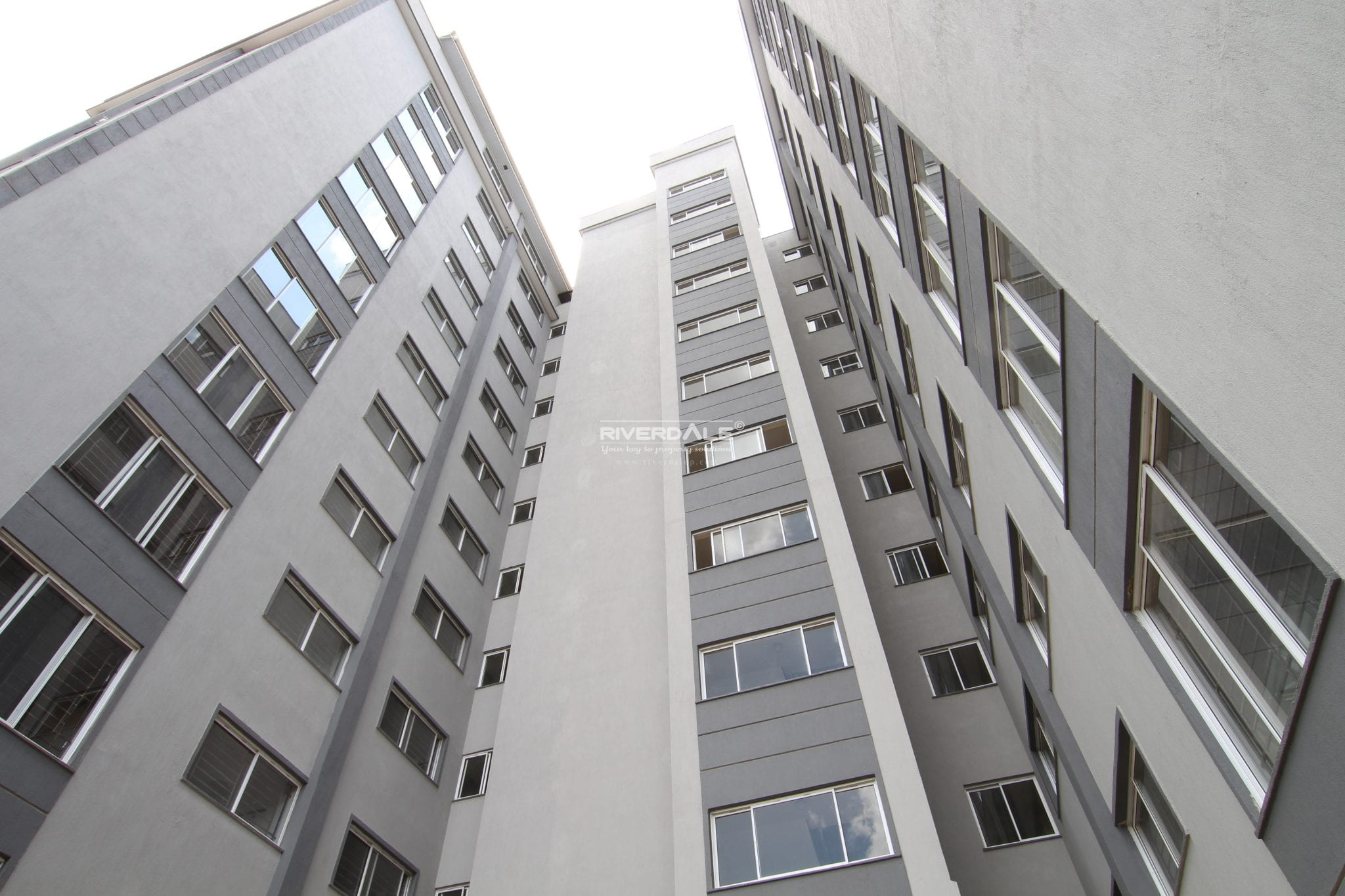 Contemporary Un-Furnished 3 Bedroom Apartments For Sale In Kileleshwa