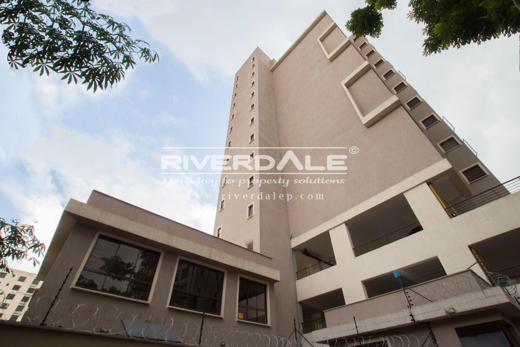 Roomy 3 Bedroom Apartment For Sale in Parklands