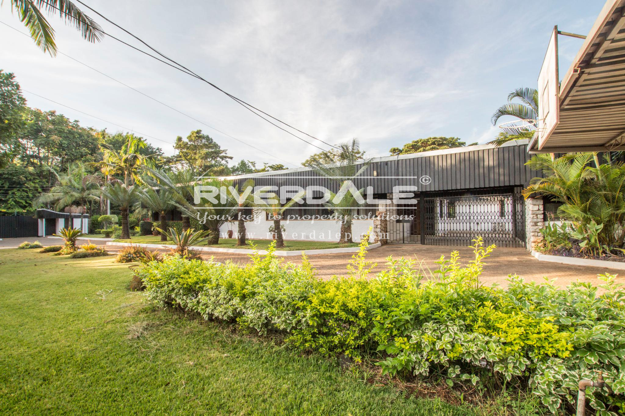 Charming House on One Acre To Let in Old Muthaiga