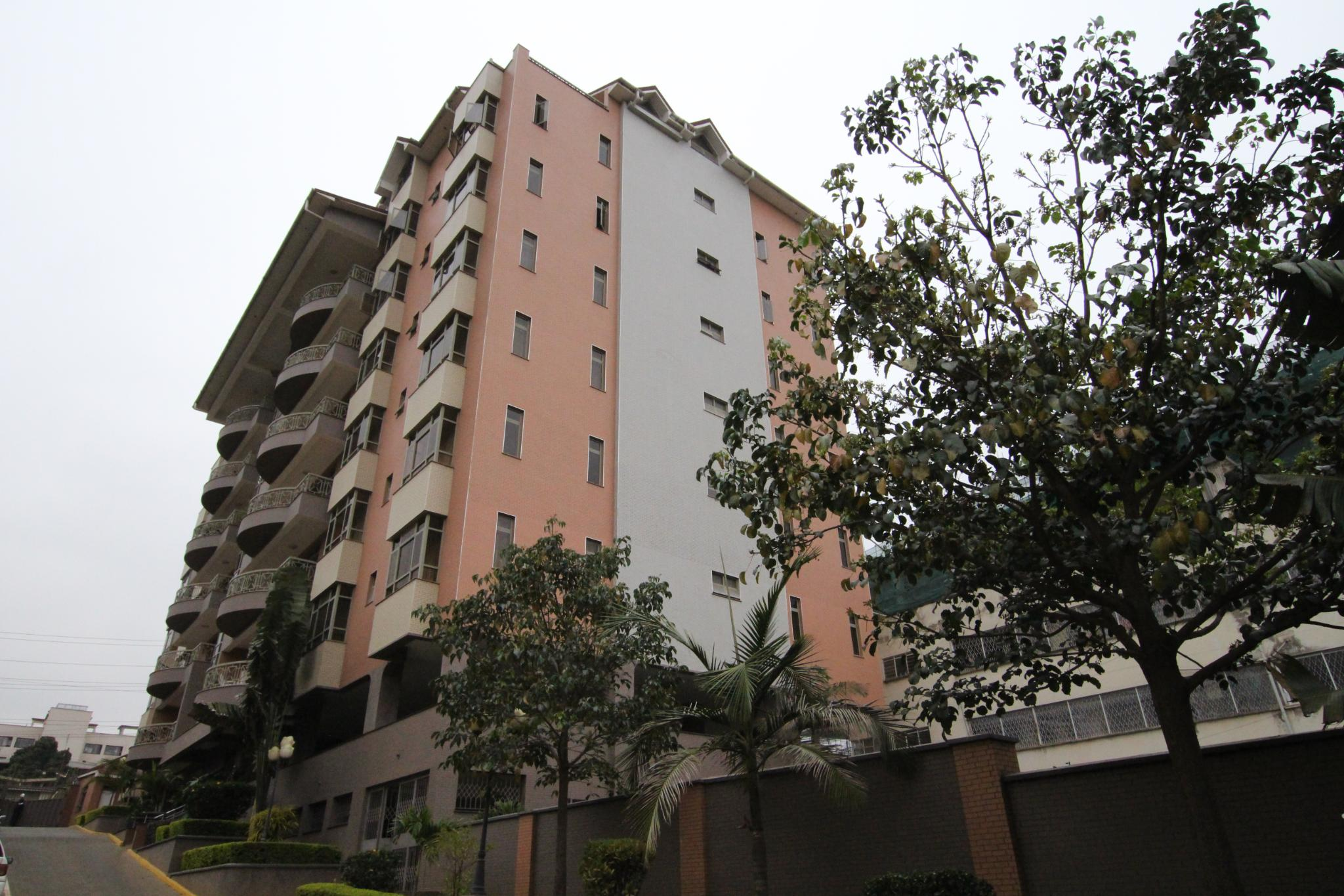 Luxurious 3.5 Bedroom Apartment On 1st Parklands To Let