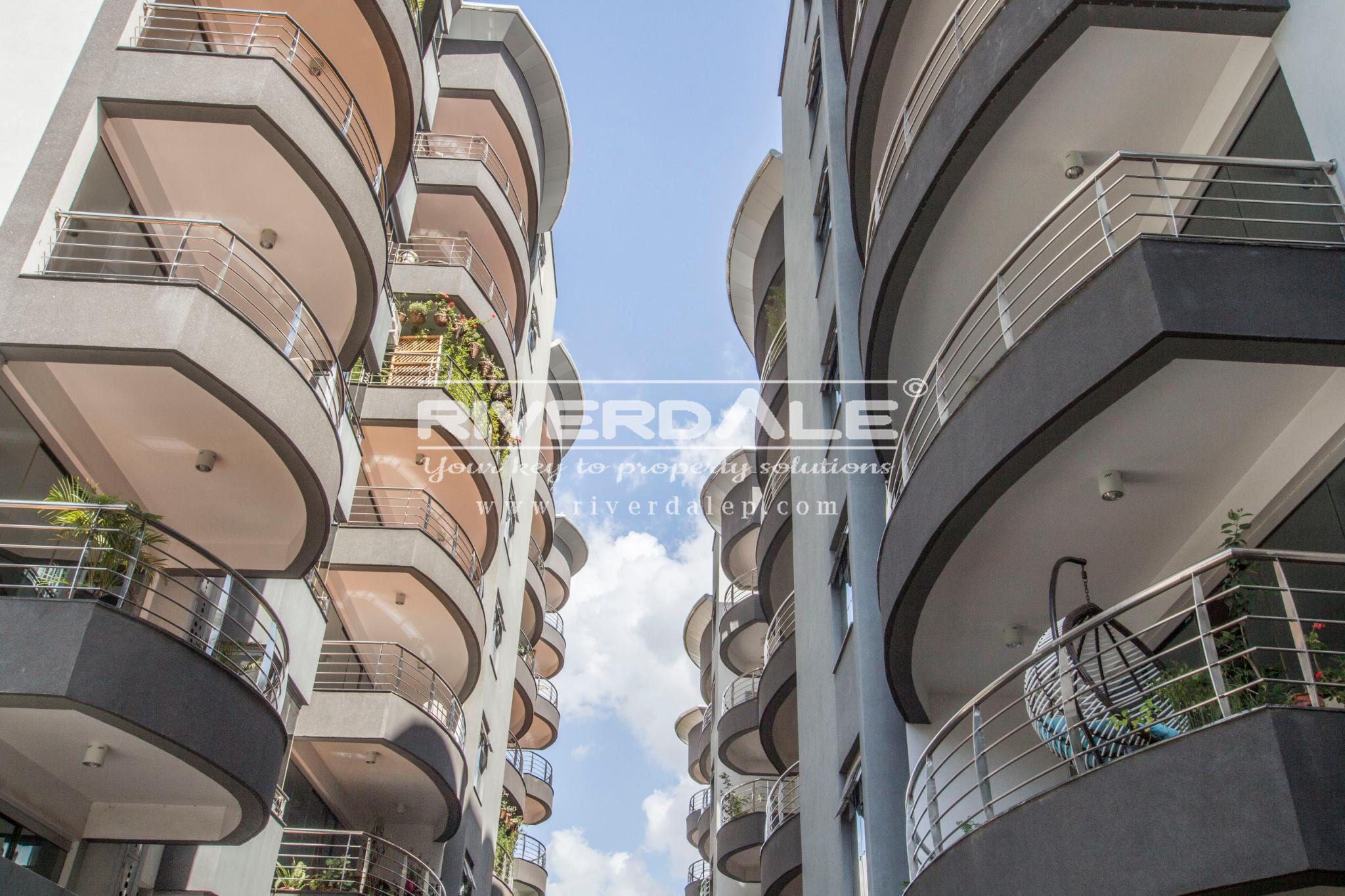 High End 3 Bedroom Executive Suite For Sale In Riverside Drive