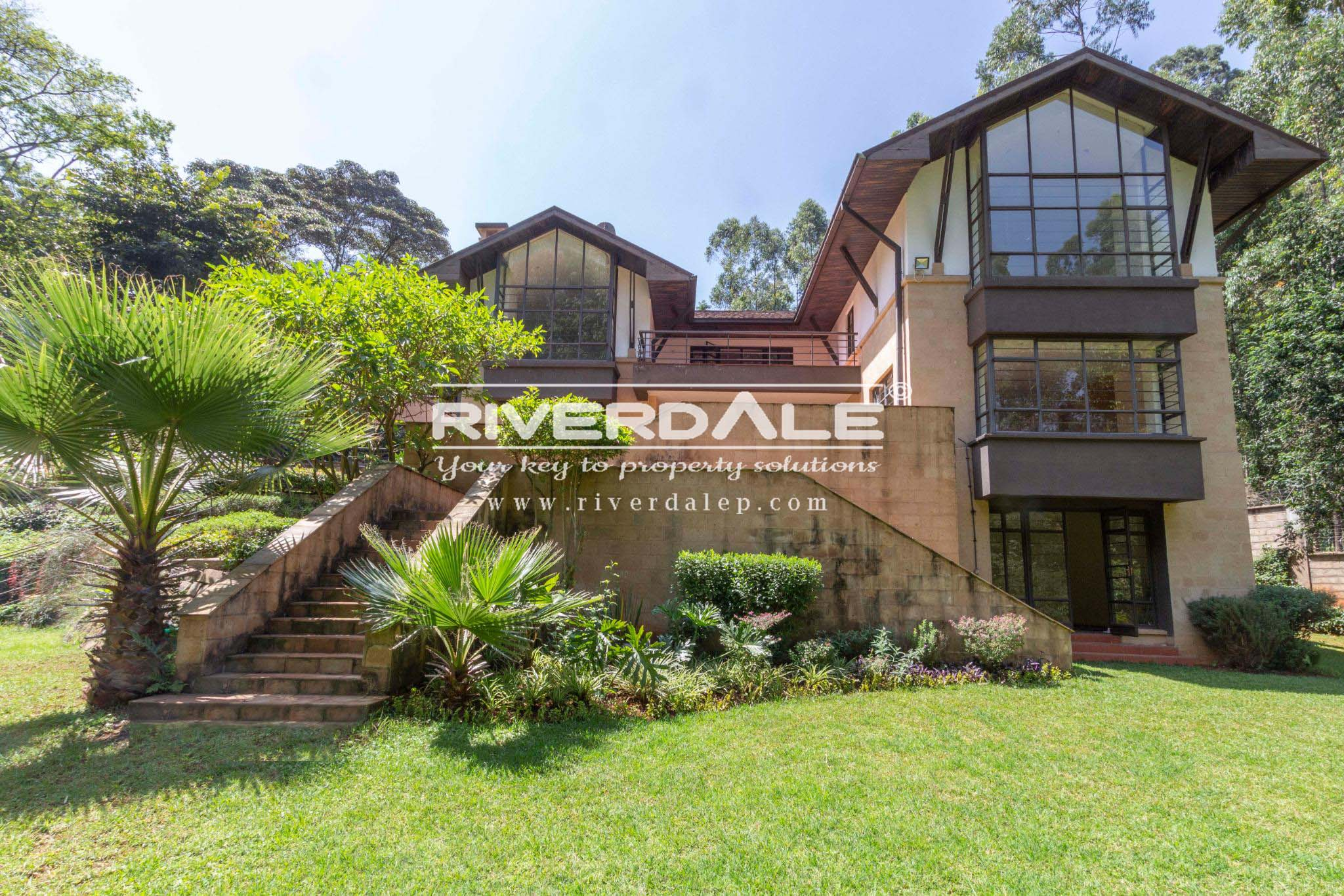 Spectacular Rustic 5 Bedroom House To Let In Rosslyn
