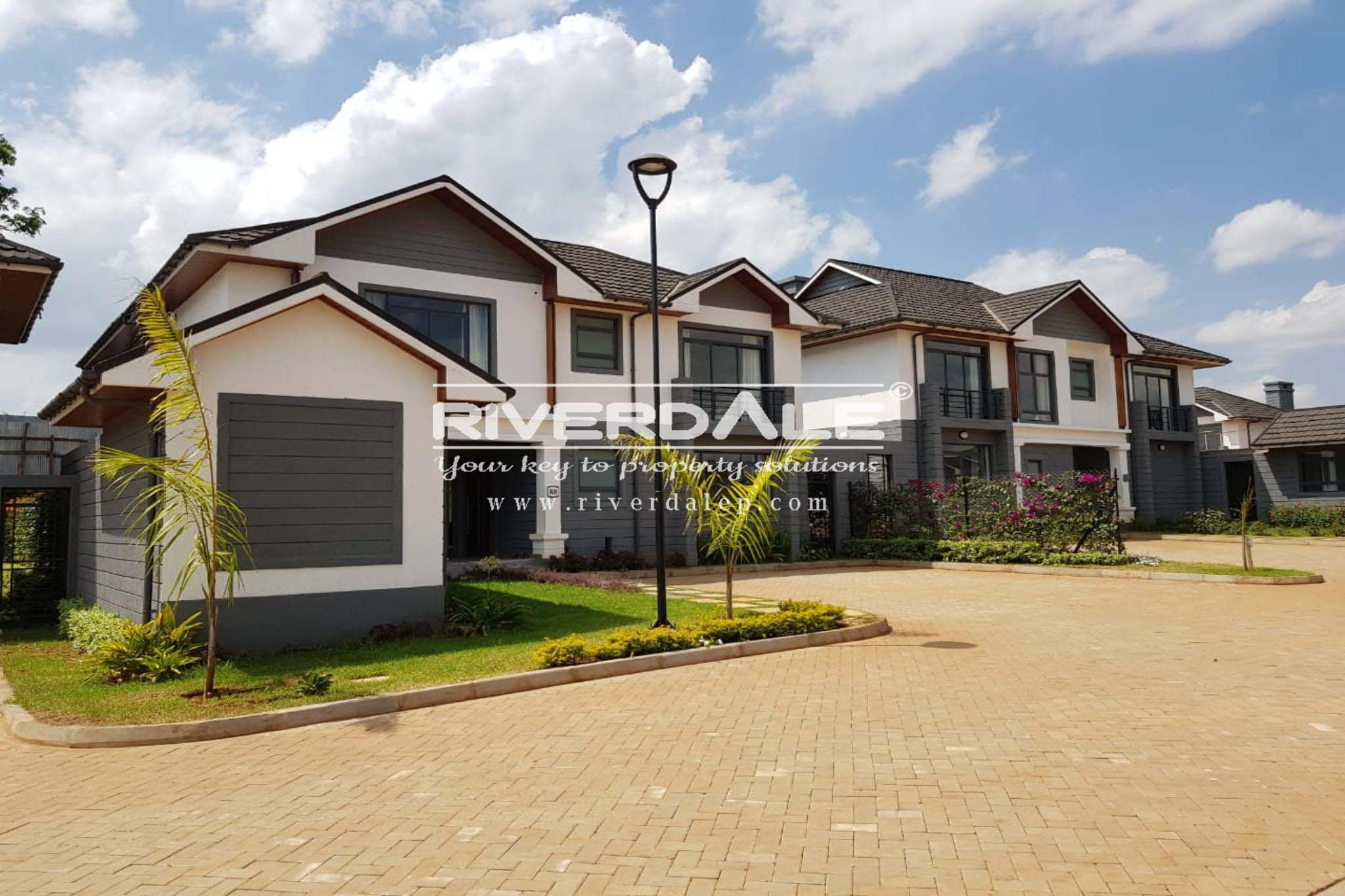 Luxurious Villas & Townhouses For Sale In Runda