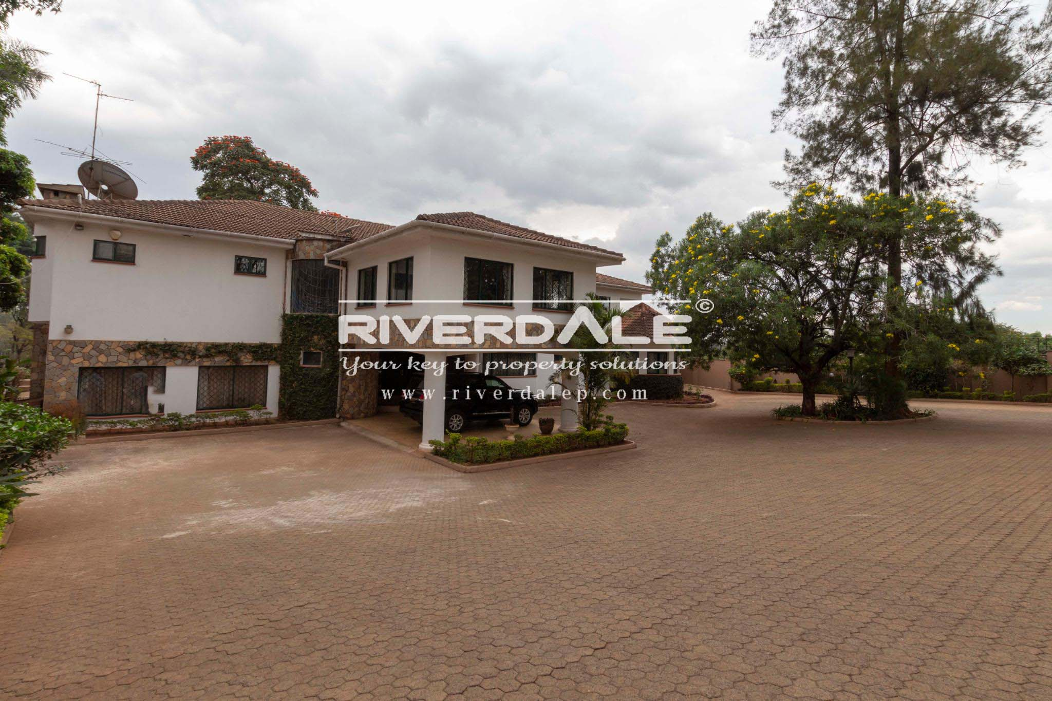 Ambassadorial 5 Bedroom For Residential Or Commercial Use To Let In Lavington