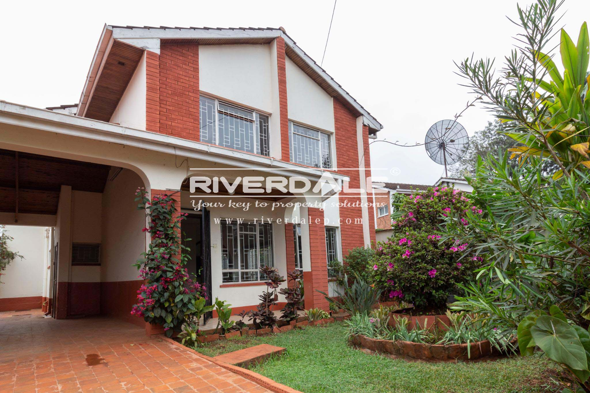 Awesome 5 Bedroom Townhouse For Sale in Lavington