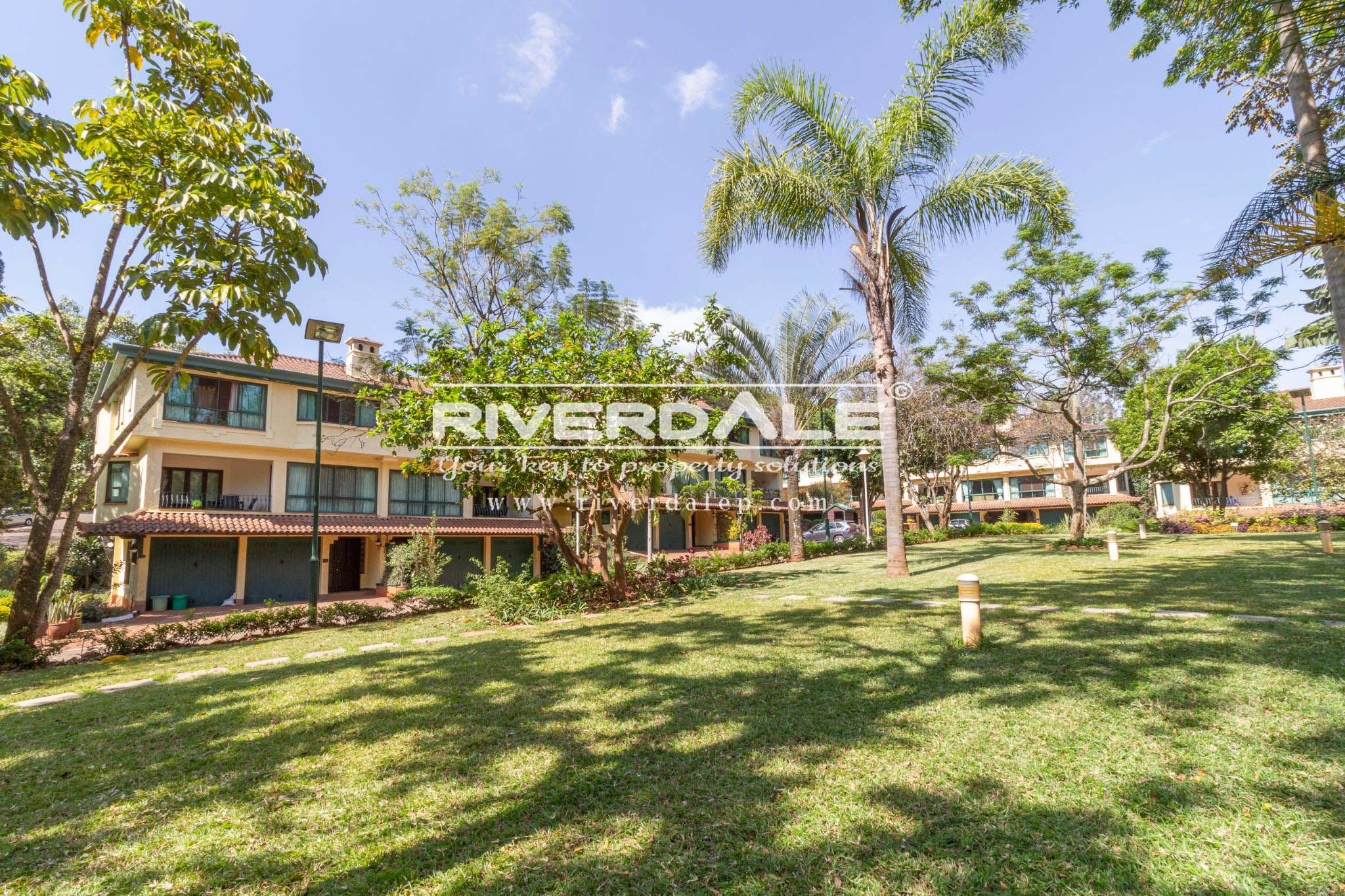 Prestigious 4 Bedroom Furnished or Un-Furnished Townhouse To Let In Grevillea Grove