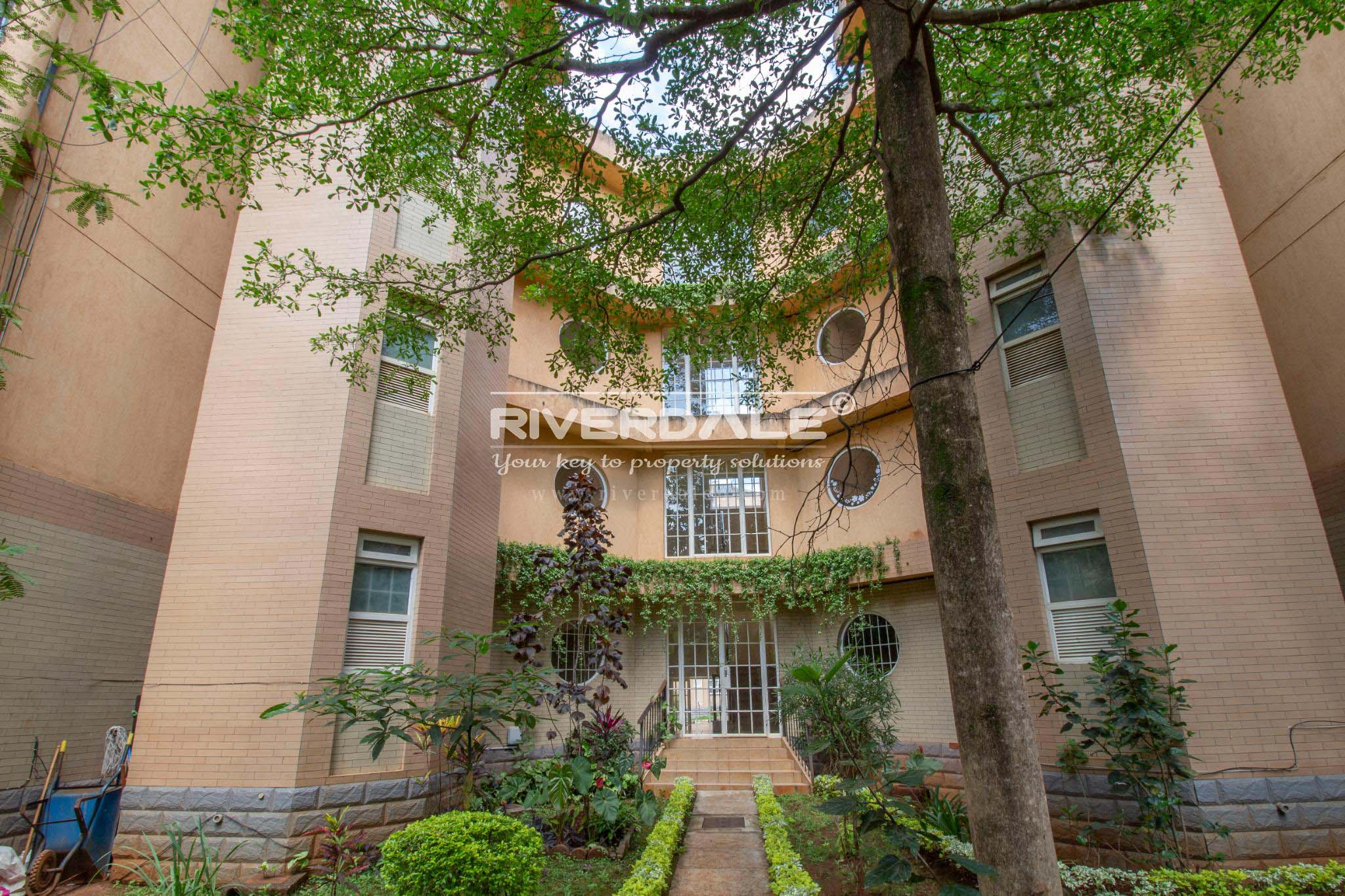Stylish 3 Bedrooms Apartment To Let Off General Mathenge