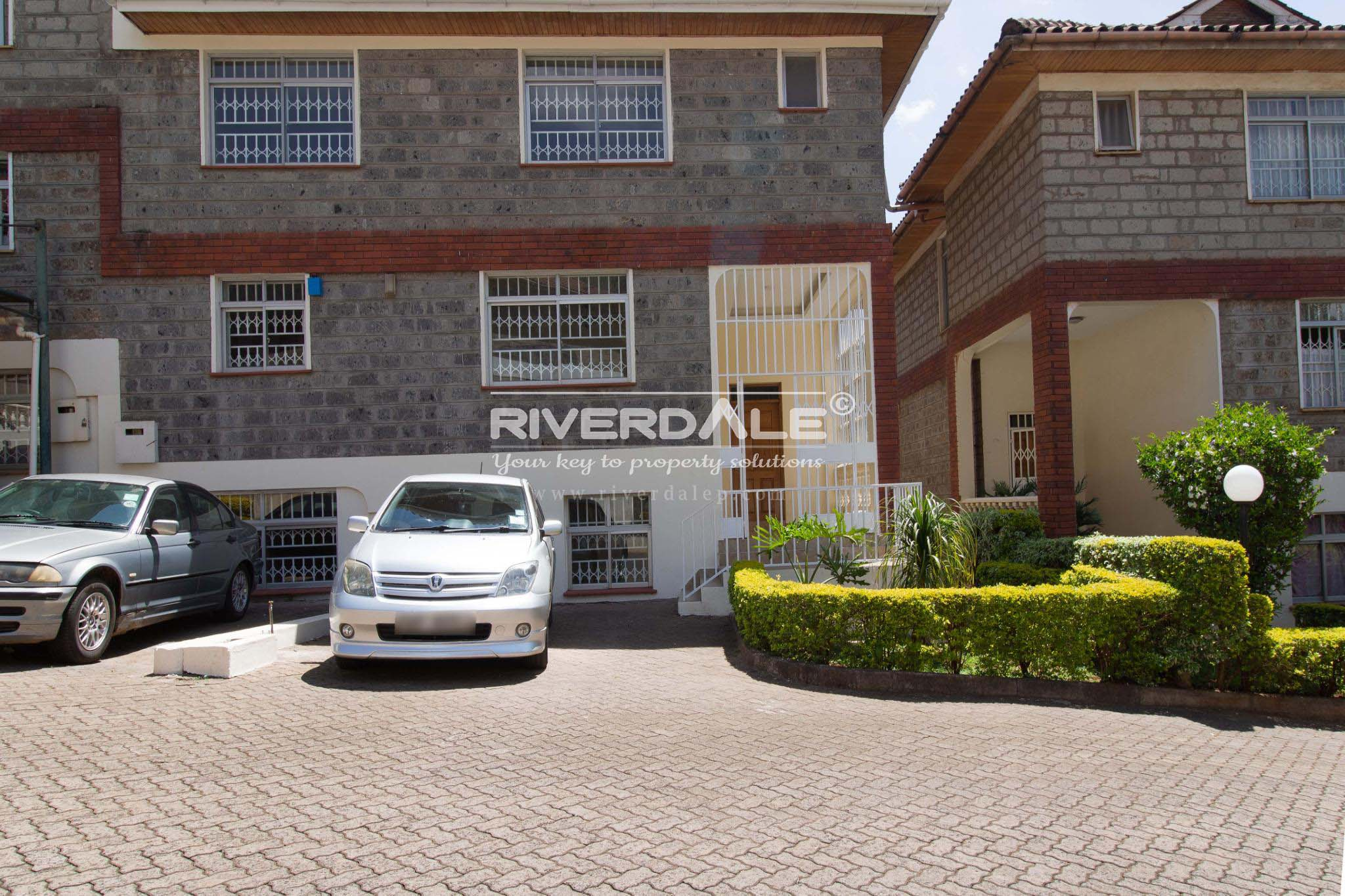 Luxurious 7 Bedroom Townhouse For Rent In Lavington